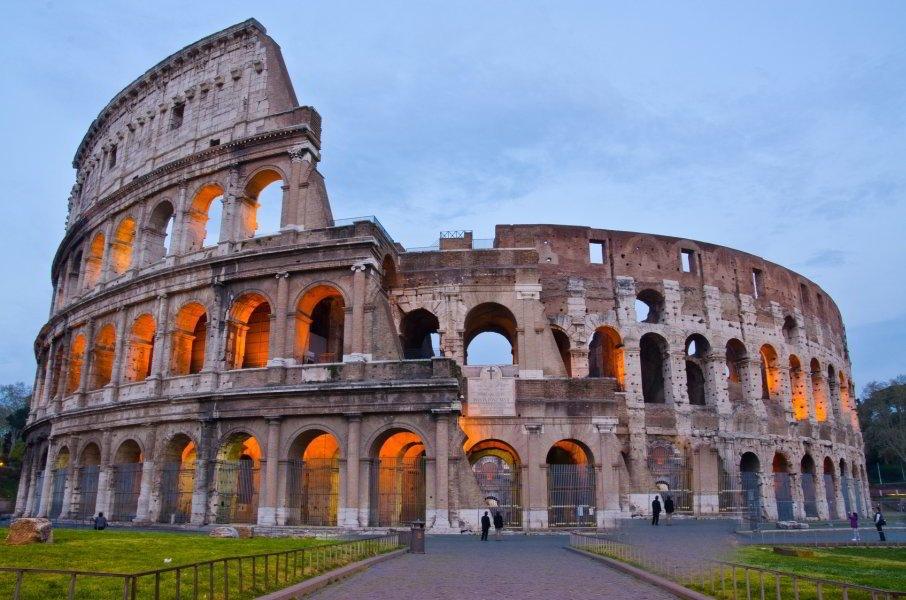Coliseo - rione Monti