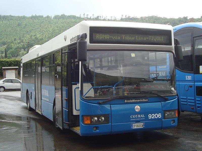 Autobús Cotral - Foto de LPLT/Wikimedia Commons