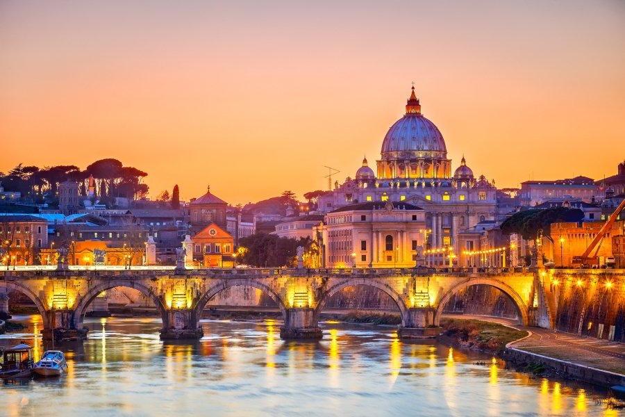 Visita al Vaticano el viernes noche