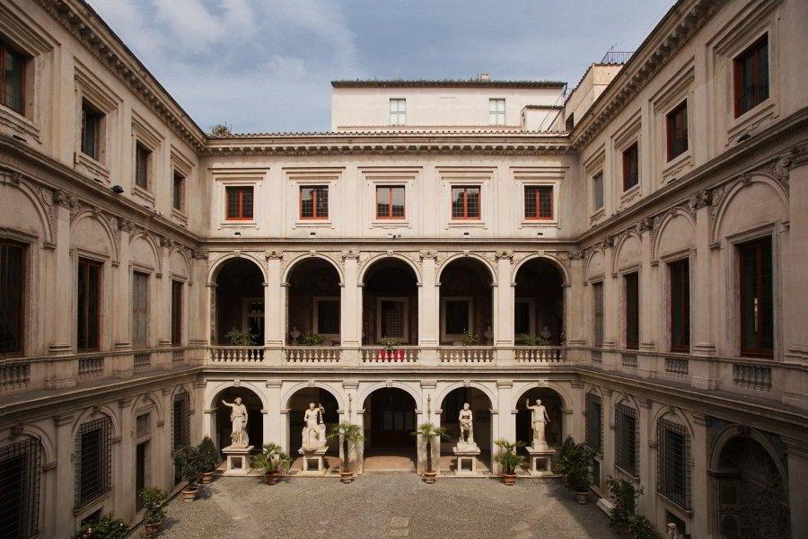 Palazzo Altemps - rione Ponte